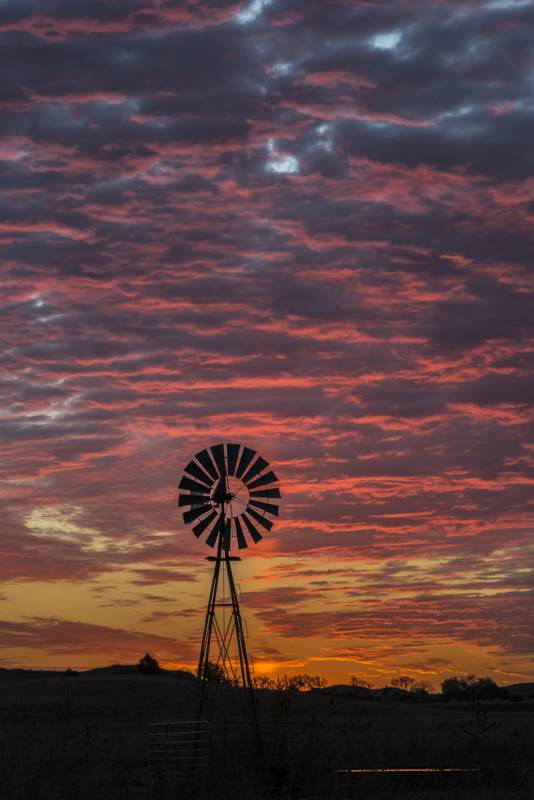 windmillAtSunrise200_2800x4100